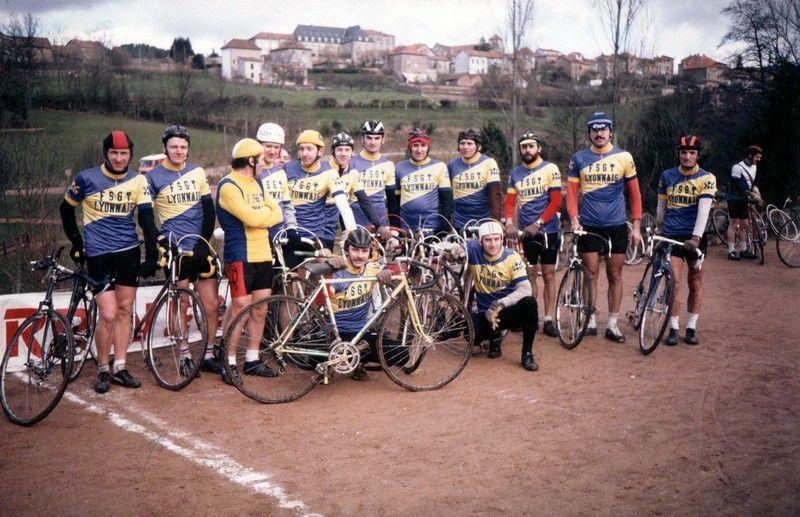 Équipe du Lyonnais au Championnat du Sud-Est de Cyclo-cross à Belmont-de-la-Loire