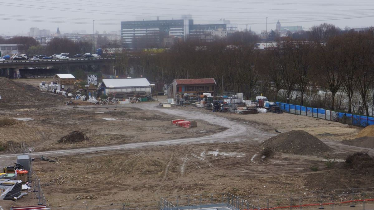 Le futur village olympique des JO24 abrite actuellement Bellastock, spécialiste du réemploi des éléments de construction. ©J.T.