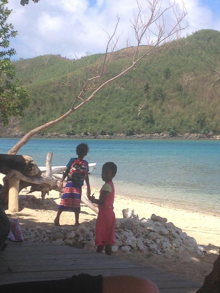 Du turquoise, au bleu marine en passant par le bleu Pacifique ... les sourires sincères des Fijiens.