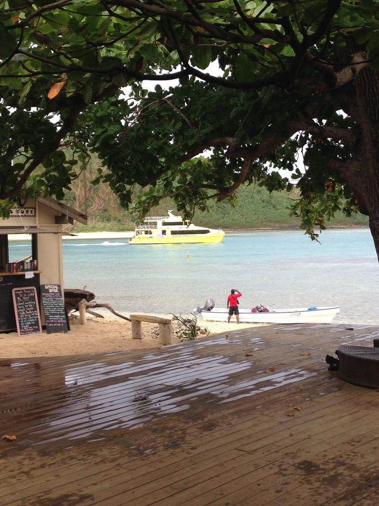 Some photos at Mantaray Island Resort, a very nice place.
