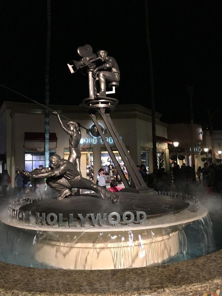 """Reportage photos des """"parfaits touristes d'un jour"""" à Hollywood, comme si vous y étiez ... sans la foule !!"""