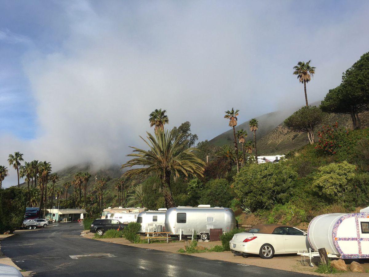 première nuit à Malibu Beach, ça commence plutôt bien, le motorhome luxueux avec douche nous plait.