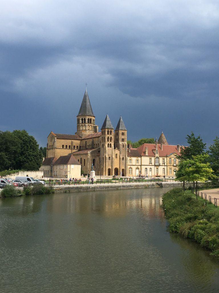 10 jours en BOURGOGNE, terre d'élevage et d'histoire en Saône-et-Loire