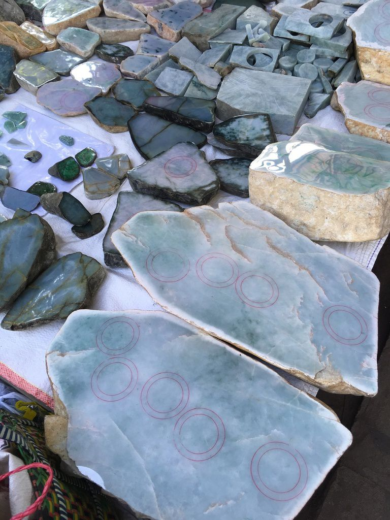 Myanmar: MANDALAY et le plus grand marché de Jade