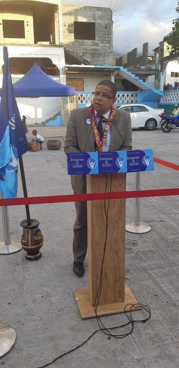 """M. Darchari MIKIDACHE, président du think tank """" Cercle des Économistes et des Experts Comoriens (CEEC)"""