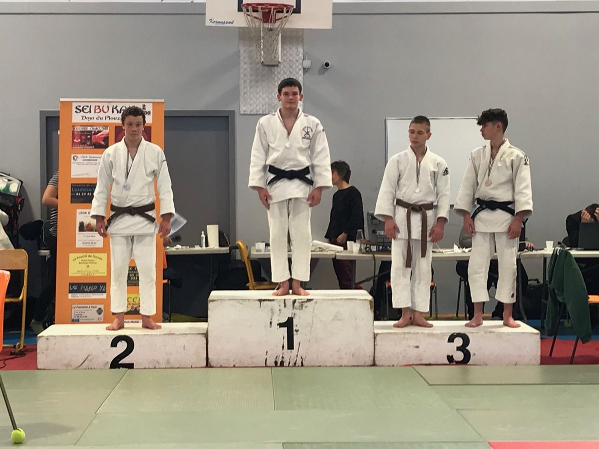 Douze podiums et quatre titres lors des championnats du Finistère cadet