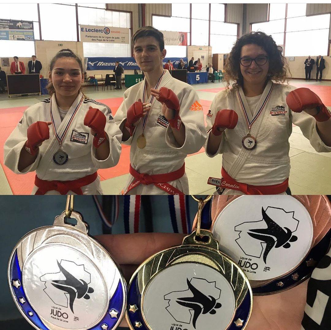 Ewen Décavé vainqueur de la demi-finale Jujitsu Fighting