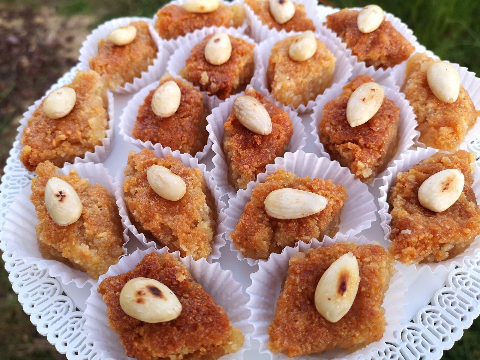 Gâteaux aux amandes et au miel