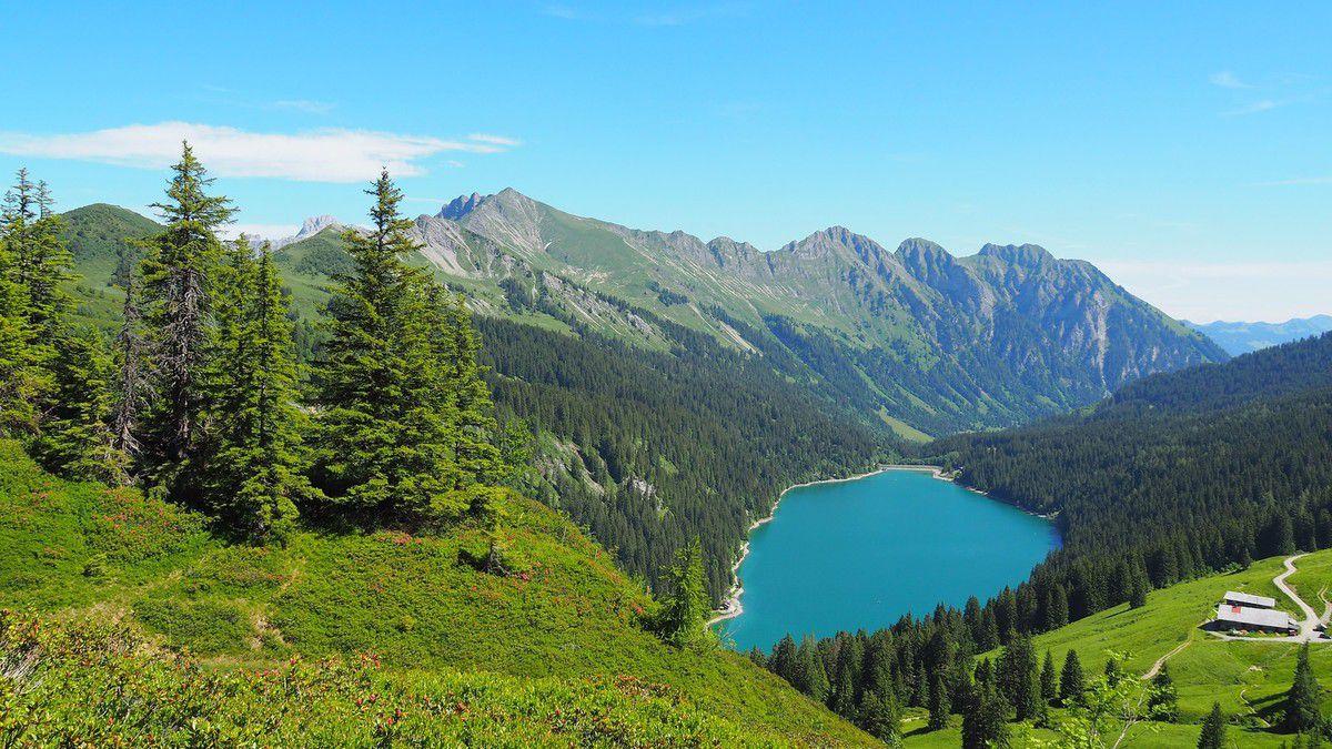 Randonnée alpine autour de la Cape aux Moines