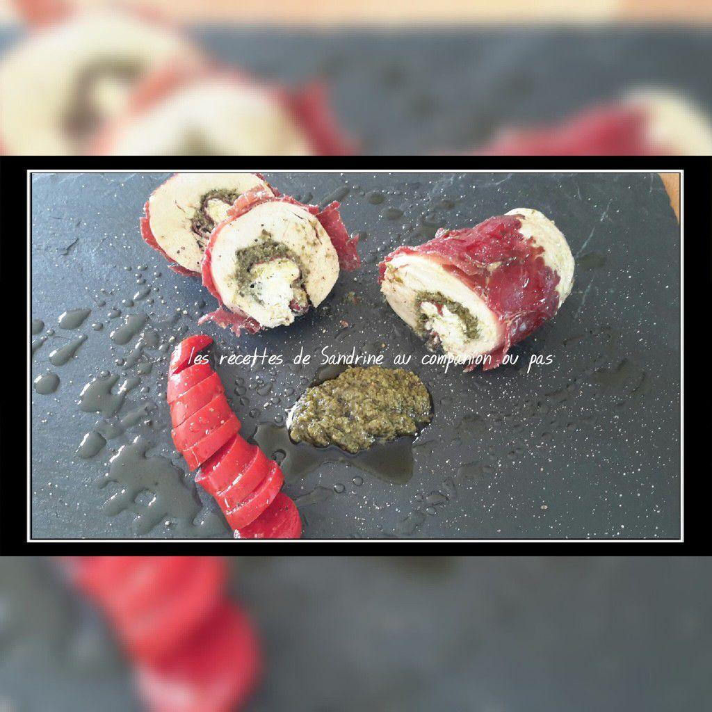 Roulade de poulet farci à la ricotta, pesto et boeuf séché au companion, thermomix, i cook'in ou sans robot