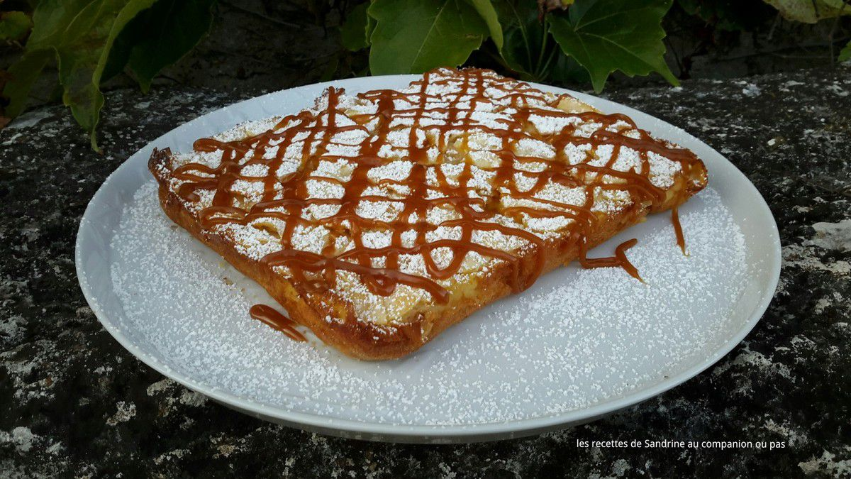 Gâteau invisible aux pommes nappé de caramel beurre salé au companion thermomix ou sans robot