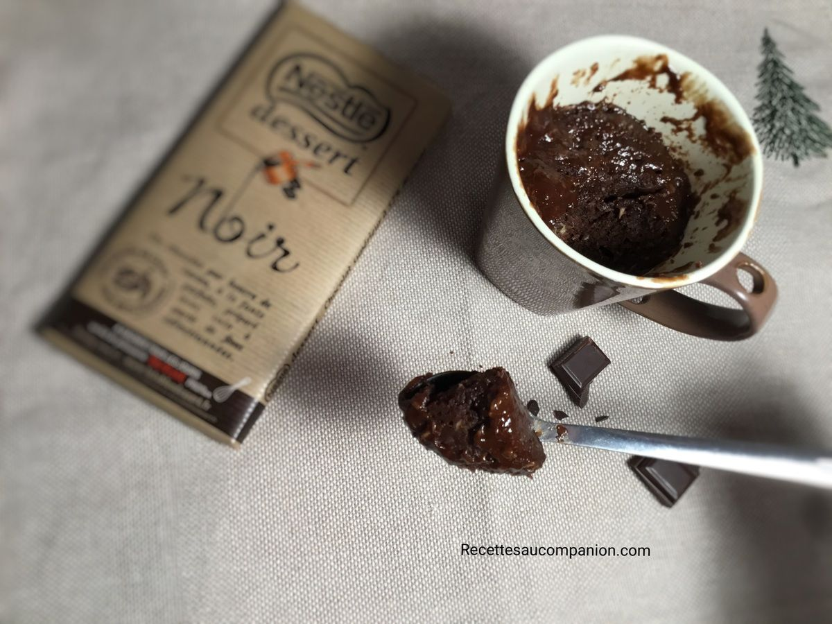 Mugcake fondant chocolat noix de coco recette express et cuisson micro ondes