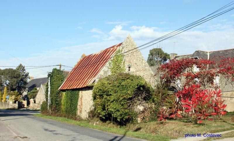 Sterville, vues du village, du lavoir et du Blavet.