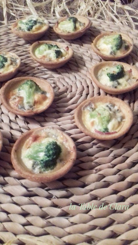 Mini tartelettes brocolis roquefort