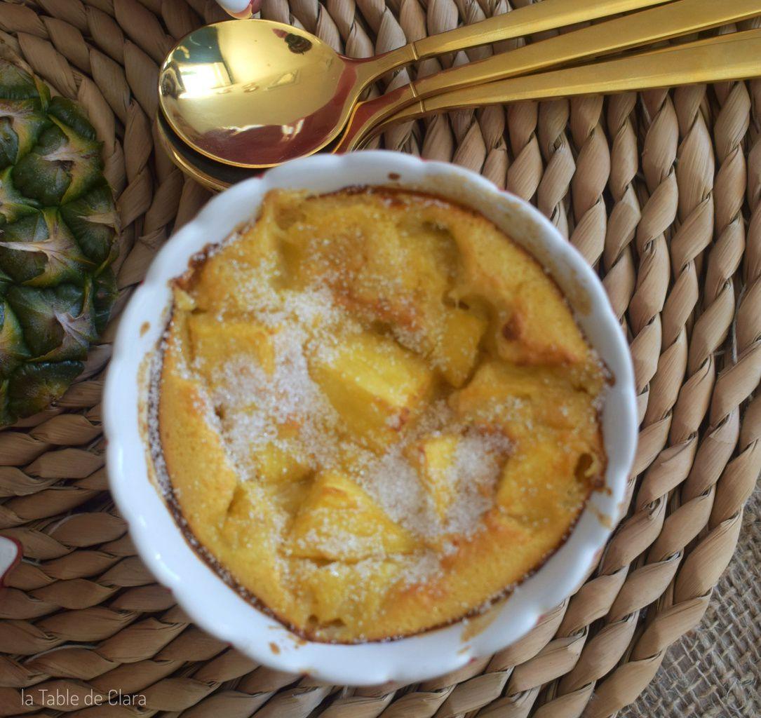 Petits Clafoutis à l'ananas frais