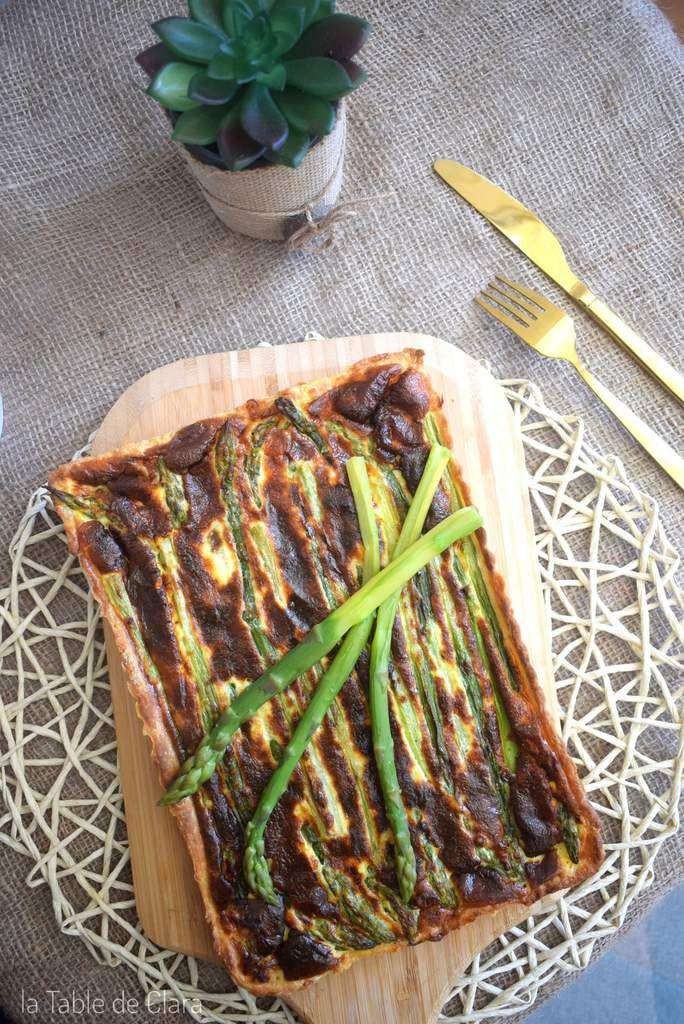 Tarte asperges vertes et speck