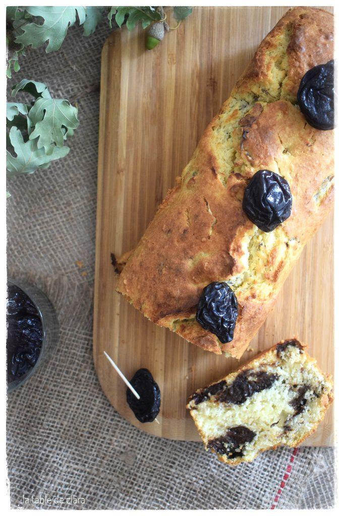 Cake moelleux aux pruneaux