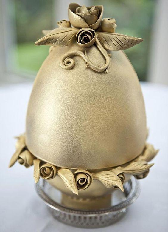 chocolate trứng dát vàng