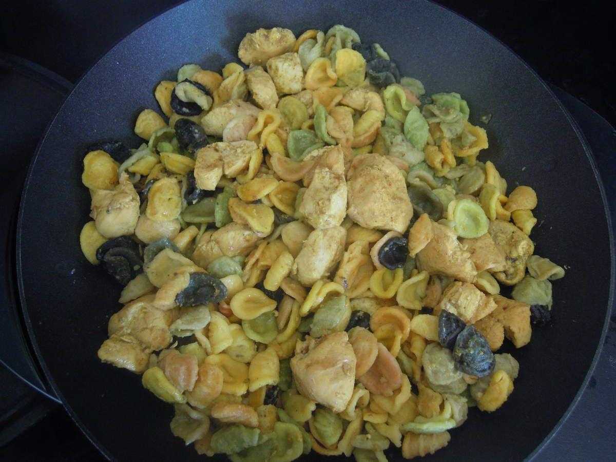 Poulet au curry au wok simple