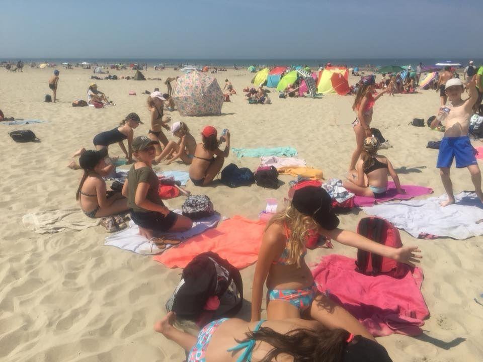Plage - baignade - jeux de sable. Que du bonheur !