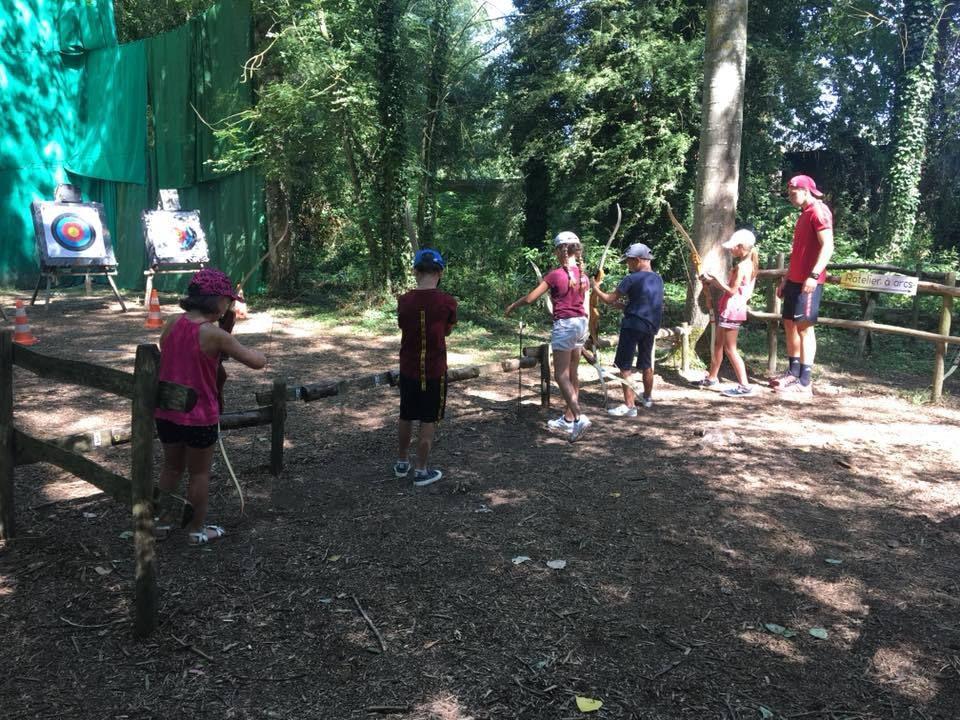 Les 6 BONNIERS - Tir à l'arc et jeux