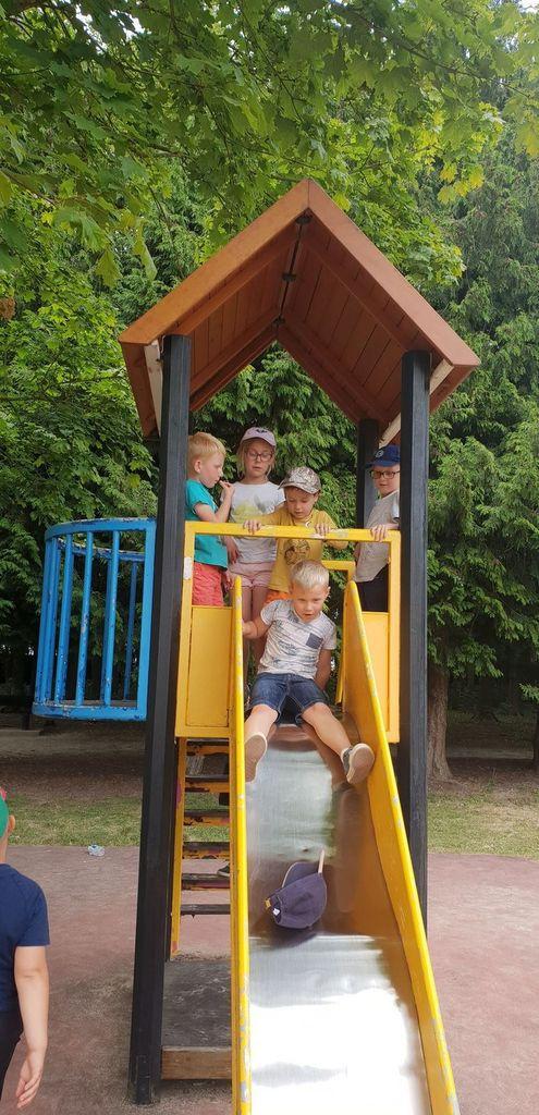 Un super moment passé au parc, les enfants se sont très bien amusés !!