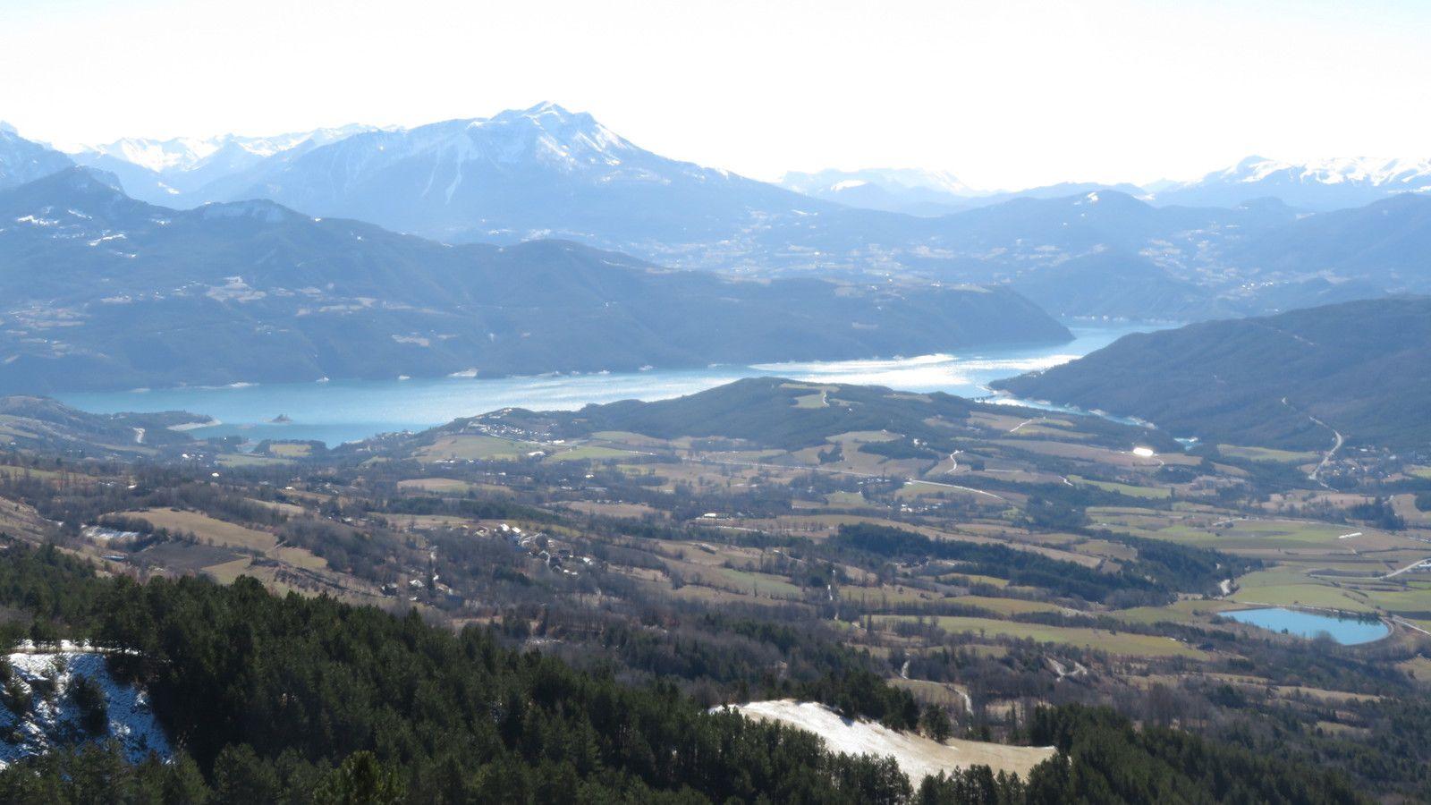 Vue imprenable sur le lac de Serre Ponçon. (Photo MF)