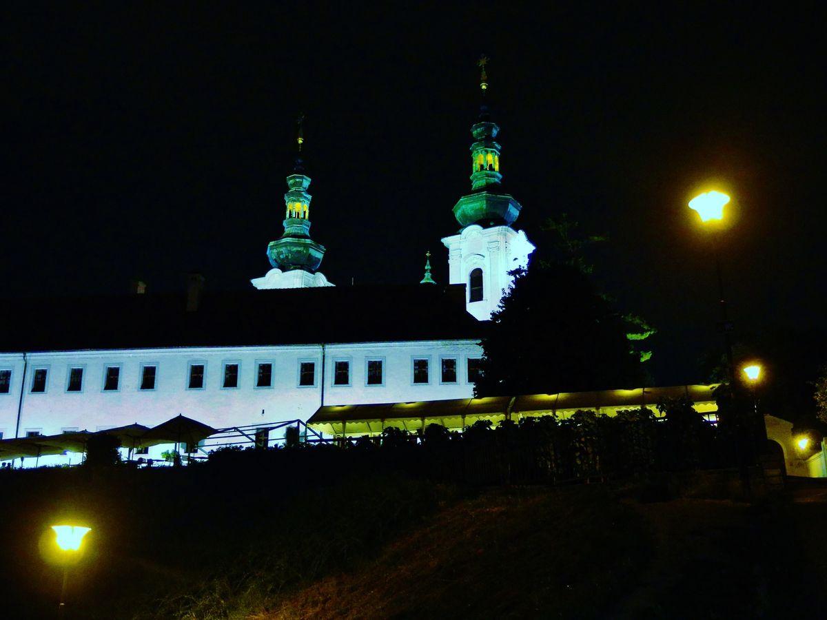 Monastère de Stratov - Copyright mycottoncloud