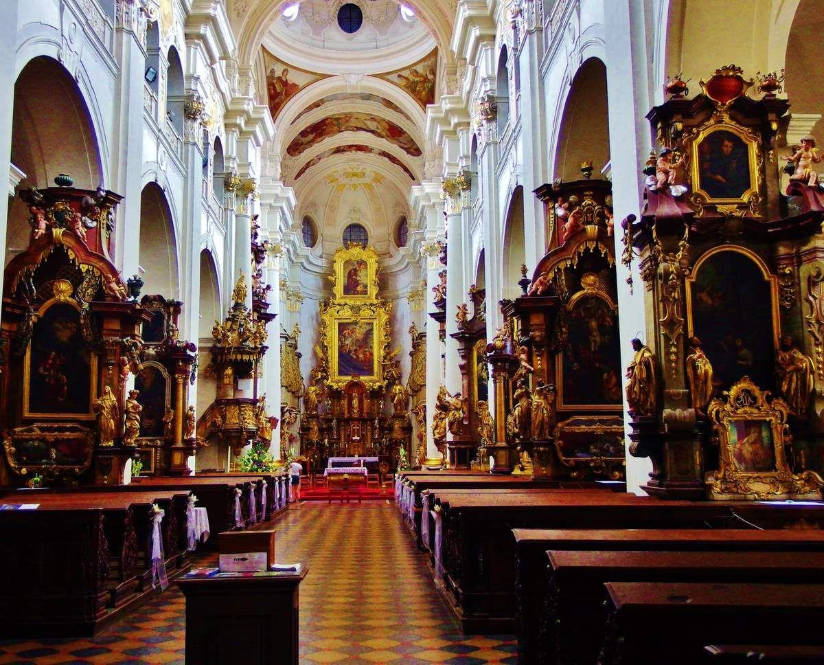 Eglise Saint Nicolas - Copyright mycottoncloud