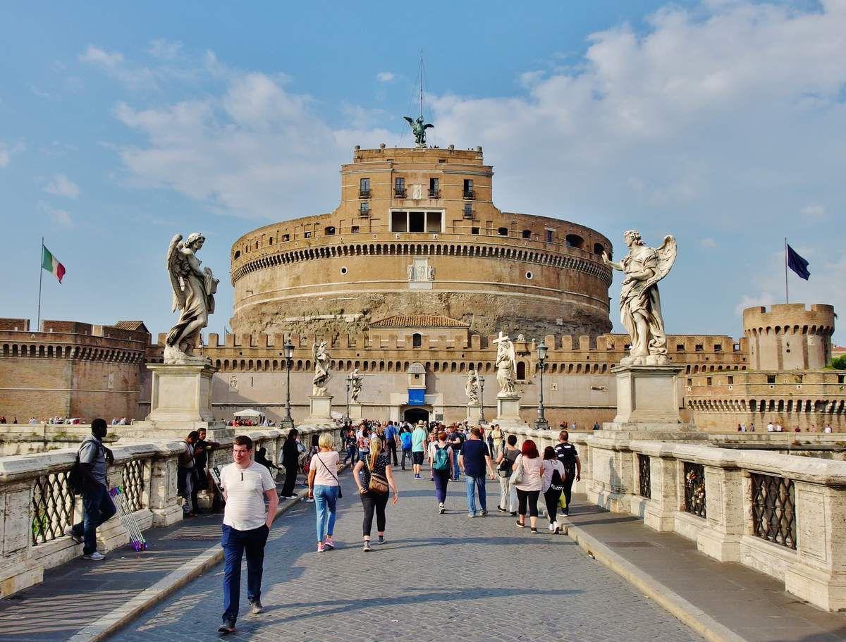 Castello Sant'Angelo - Copyright mycottoncloud