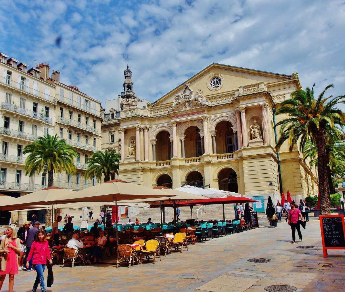 Place Victor Hugo - copyright mycottoncloud