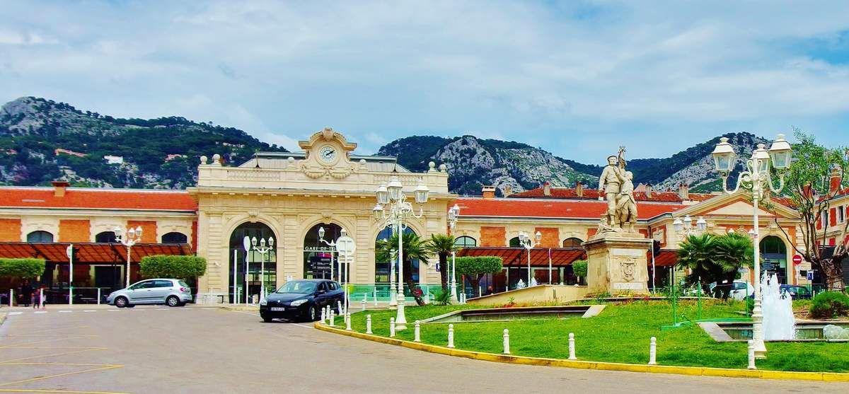 La gare de Toulon - copyright mycottoncloud