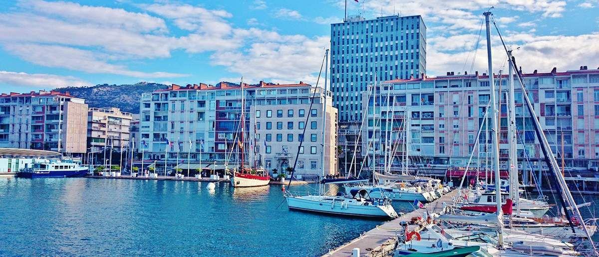 Le port de Toulon - tous droits réservés