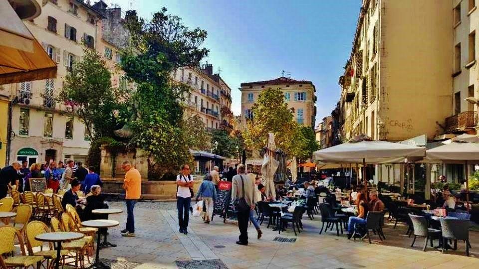 Place Pierre Puget - tous droits réservés