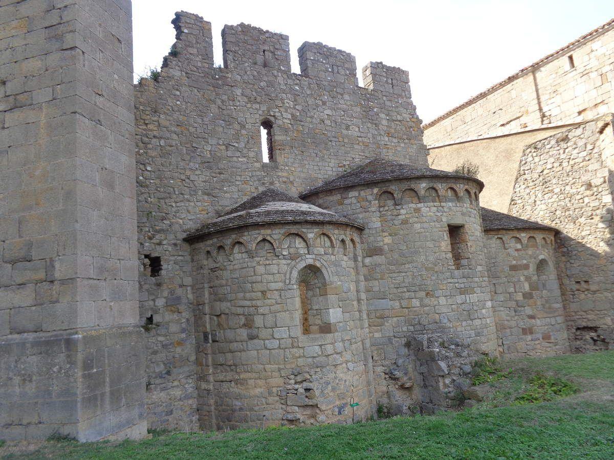 Abbaye de Lagrasse.