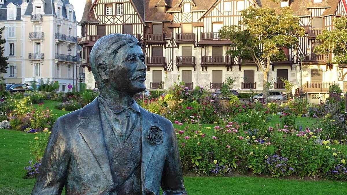 Cabourg et Proust, toute une histoire… Photo : JLS (Cliquez pour agrandir)