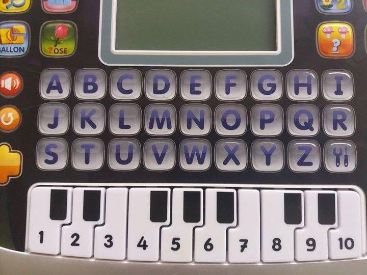 La première tablette des tout-petits pour faire de belles découvertes : P'tit Genius Kid de chez VTECH