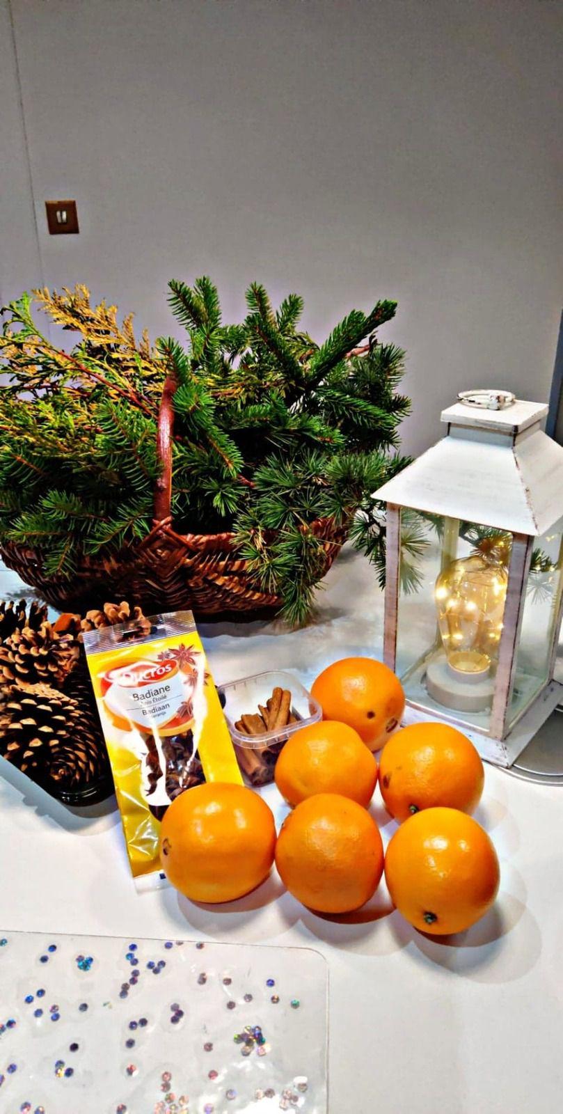 couronne dessus de table thème Noël
