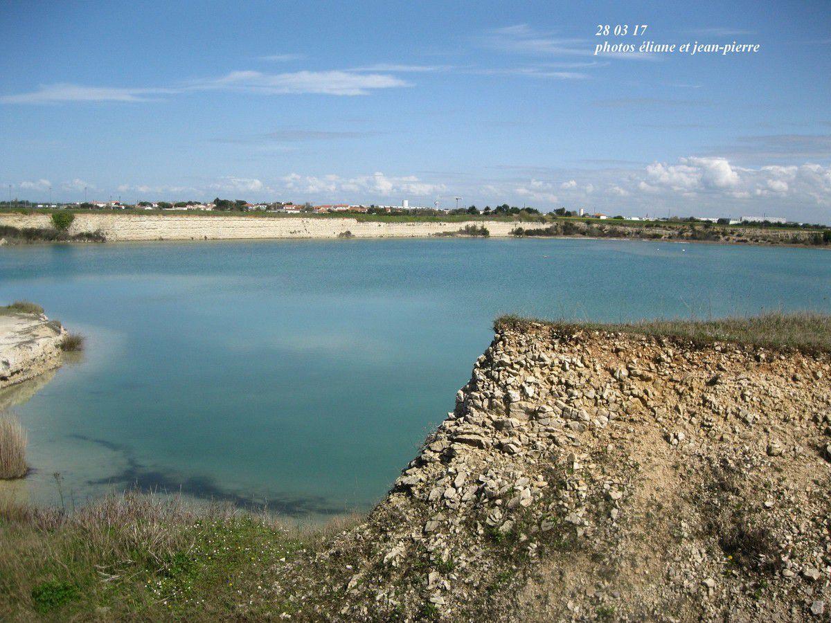 Superbe lac à découvrir pour sa beauté et son calme.