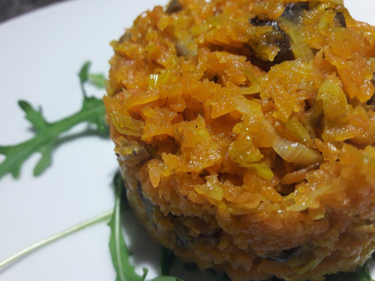 Méli mélo carottes, poireaux, champignons aux épices