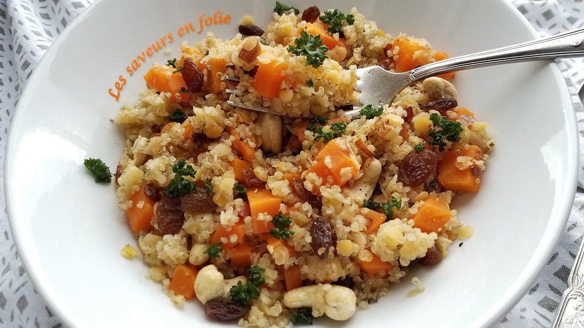 Duo de quinoa et lentilles corail aux carottes à la cardamone et fruits secs
