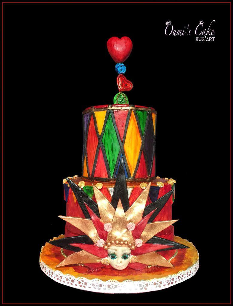 🎭 gâteau carnaval vénitien 🎭  Entièrement réalisé sur dummies...  Tout est modelé à la main  Je voulais un côté « peinture rustique  » avec les traces du pinceau, en contraste avec le masque vénitien plus « chic »...