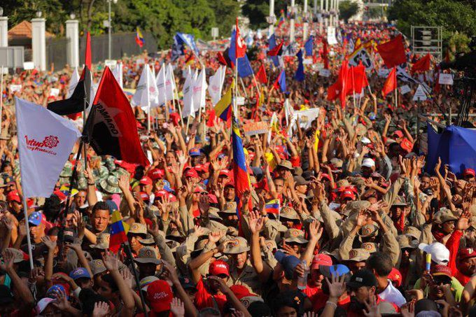 Venezuela: Des milliers de Vénézuéliens dans les rues contre le rapport de Bachelet