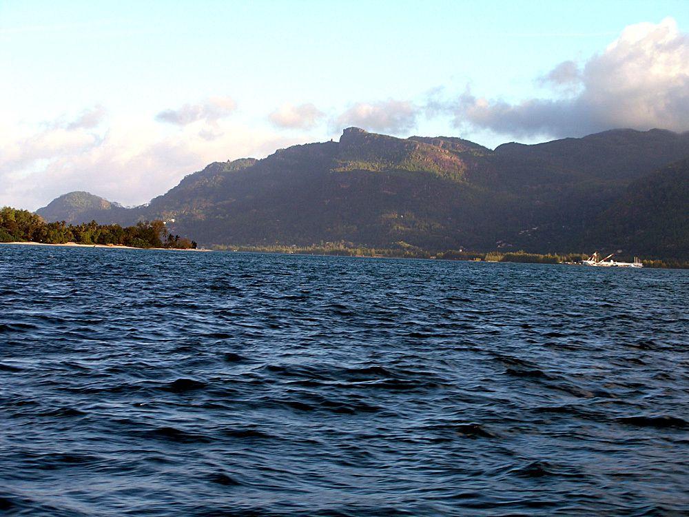 Autres iles autour de St Anne