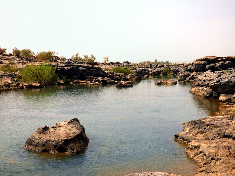 Lit du fleuve à Bamako