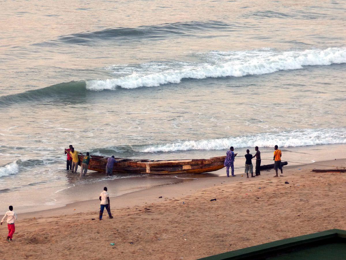 Pirogues au port de Cotonou