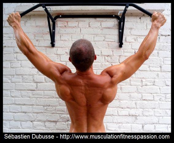 En musculation, un minimum de petit équipement est nécessaire, Sébastien Dubusse, blog musculationfitnesspassion