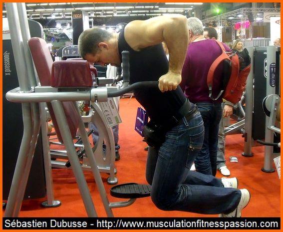 Entraînement des pectoraux avec les dips, Sébastien Dubusse, blog musculationfitnesspassion