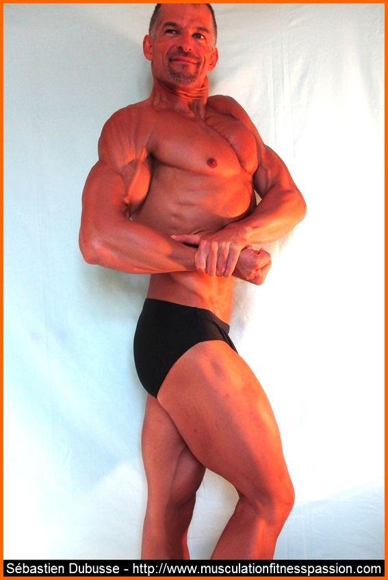 Les pompes pour muscler les pectoraux, par Sébastien Dubusse, blog musculationfitnesspassion