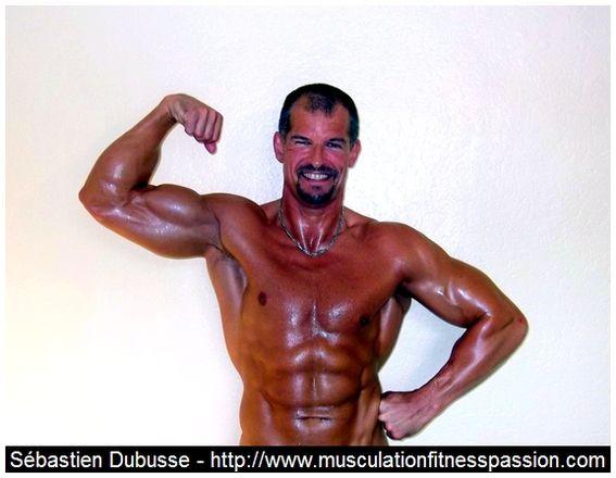 Entraînement basique et complet pour développer tout le haut du corps, Sébastien Dubusse, blog musculationfitnesspassion